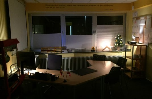 Weihnachten Büro Gebrüder-Grimm-Schule